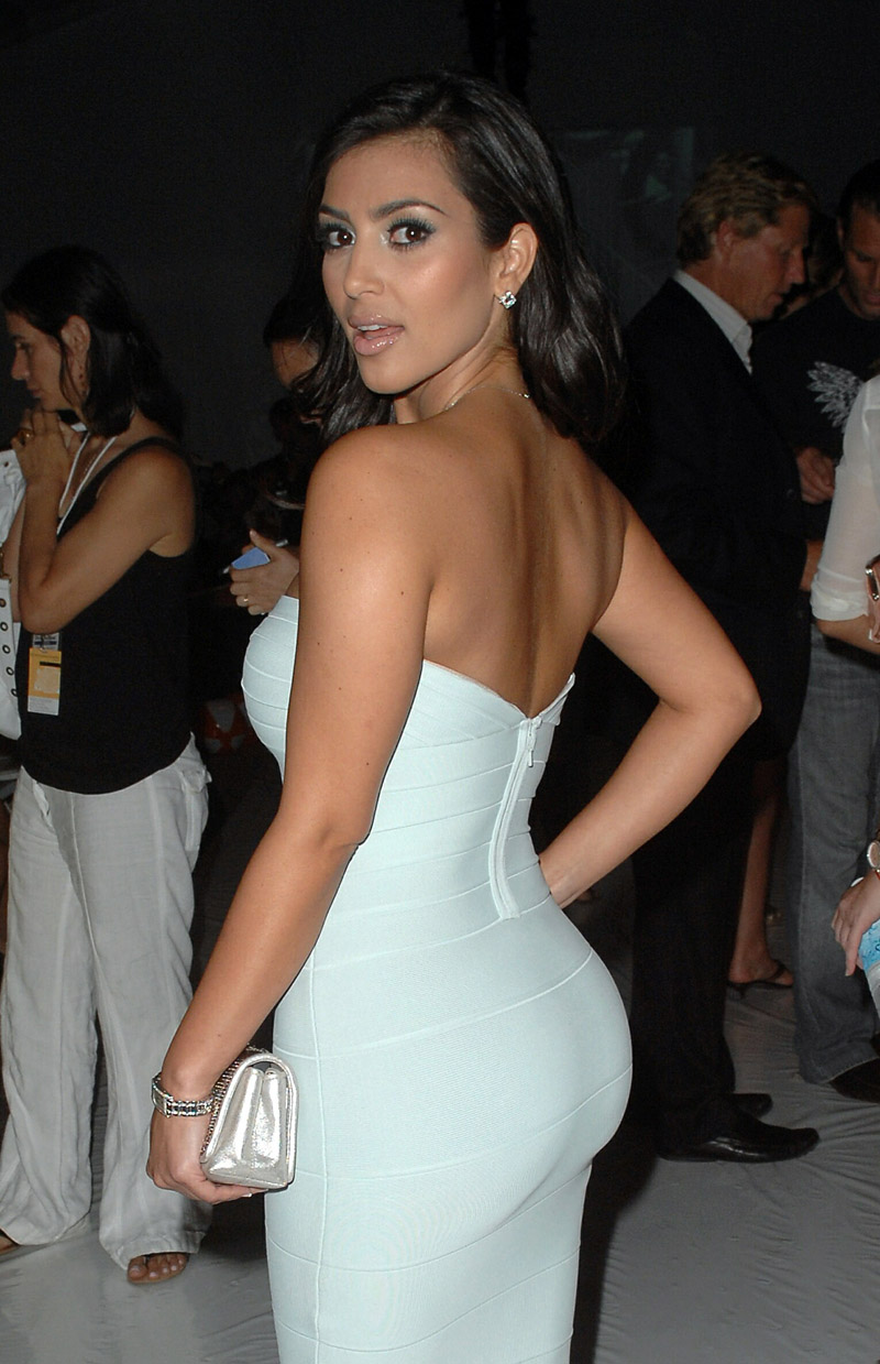 Displaying 17> Images For - Kim Kardashian Booty...